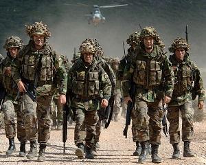 SUA: aliatii militari europeni ai NATO trebuie sa-si creasca cheltuielile