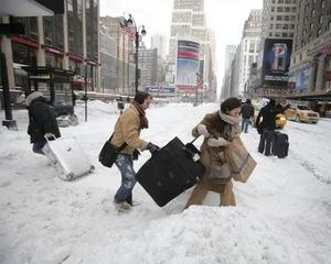 Newyorkezii au ramas fara incaltaminte de iarna