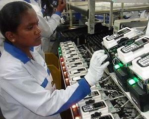 Nokia mai fabrica telefoane numai un an si doar in India