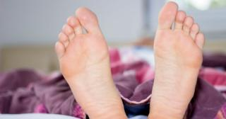 Un nou simptom pentru infectia cu COVID-19. Medic: E bizar