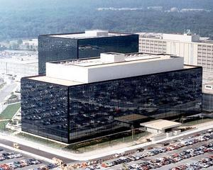 Snowden: NSA a spionat companiile germane care concureaza cu firmele americane