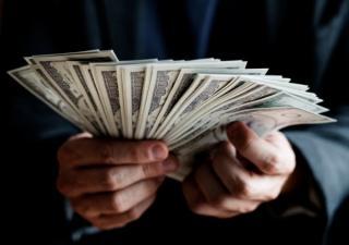 In plina pandemie, Romania s-a ales cu mai multi milionari in dolari