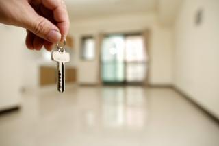 Bate vantul crizei imobiliare? Cat de aproape suntem de momentul din 2008
