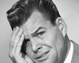 14 obiceiuri care ne aduc nefericirea: O analiza dureroasa a caracterului uman