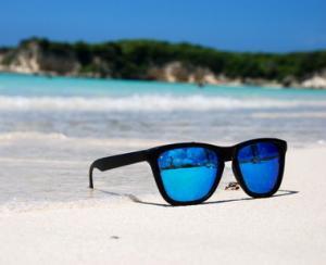 Bucurati-va de (ochelari de) Soare!