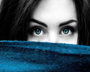 Yoga ochilor - o tehnica rapida pentru a ne relaxa vederea la birou
