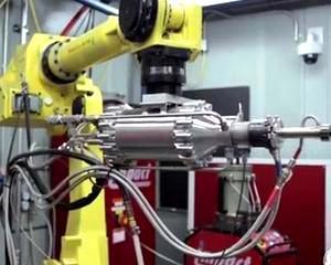"""Ce mai putem """"trage"""" la imprimantele 3D: Injectoare metalice pentru turbinele cu gaz"""