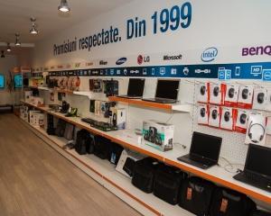 Oktal.ro : Vanzarile de smartphone-uri au crescut cu 400% in 2013