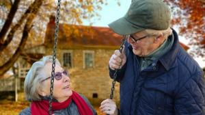 Primaria Bucuresti vrea sa cumpere imobile pentru infiintarea unor camine pentru seniori