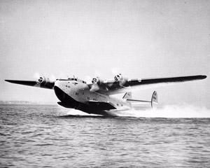 """6 ianuarie 1942: primul zbor in jurul lumii efectuat de un hidroavion """"Pacific Clipper"""""""