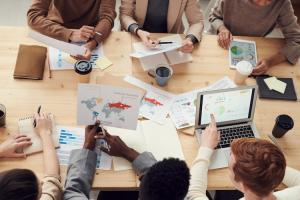 Schimbari in piata muncii - influentele principale si felul in care va arata viitorul apropiat