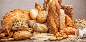Ramai des fara paine sau o arunci pentru ca se intareste? Conserva rezerve proaspete pentru 6 luni
