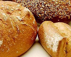 Premierul, hotarat sa reduca TVA la paine la 9%