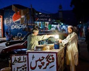 FMI a aprobat un imprumut de 6,7 miliarde dolari pentru Pakistan, in scopul combaterii crizei economice