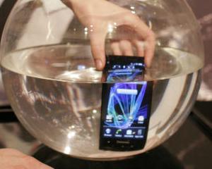 Panasonic iese de pe piata japoneza de smartphone-uri