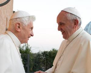 """""""Arma Papala"""": Benedict face echipa buna cu Francisc"""
