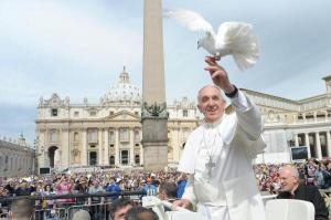 Papa Francisc o primeste in audienta pe Viorica Dancila