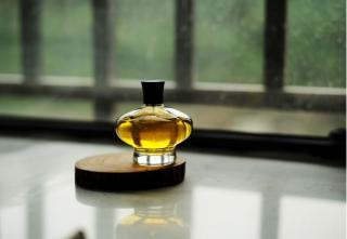 Ghid pentru alegerea parfumul potrivit pentru domni