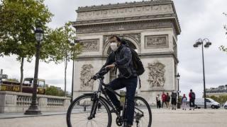 Locuitorii din Paris, avertizati sa se pregateasca pentru cele mai severe restrictii. Capitala Frantei, la un pas de gradul maxim de alerta