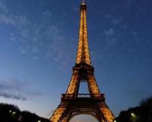 Turnul Eiffel se va transforma intr-o galerie comerciala