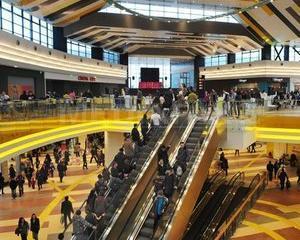 Cum arata ParkLake Plaza, noul mall din cartierul Titan