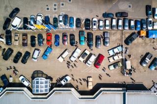Cum poate sta pe loc masina personala nu numai in Vinerea Verde