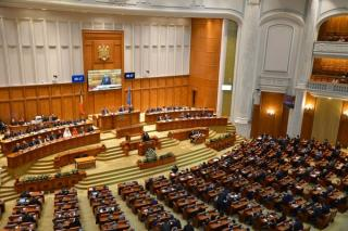 MAE a transmis Parlamentului solicitarea de audiere a 26 de potentiali ambasadori. Andrei Muraru, propus pentru SUA; Gheorghe Maior pentru Iordania