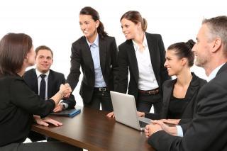 Cum pastrezi legatura si prieteniile cu partenerii de afaceri in pandemie