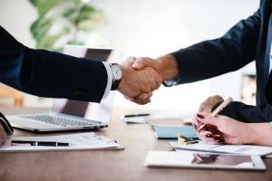 UniCredit Bank si Allianz-Tiriac Asigurari anunta semnarea unui parteneriat strategic
