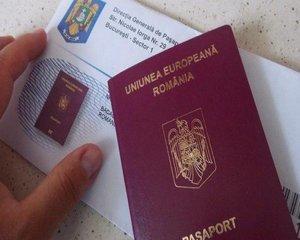 Cinci ghisee pentru pasapoarte, dedicate minorilor si parintilor insotitori