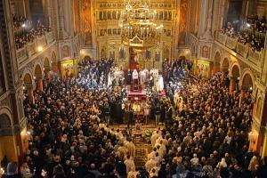 Paste 2020: Cum primim Sfintele Pasti si Lumina in acest an