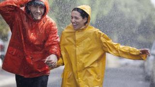 Cum sa iti alegi corect haina de ploaie