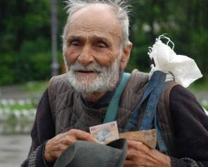 """220.000 de pensii, recalculate """"pe plus"""", de anul viitor"""