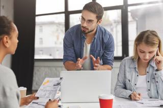 Cum sa impulsionezi performanta angajatilor si sa faci optimizare fiscala