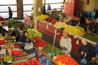 MADR a controlat 4.320 de operatori din domeniul comercializarii legumelor si fructelor proaspete si a dat amenzi de 222.400 de lei