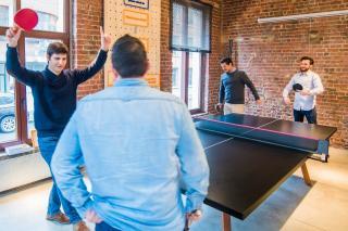 Idei de amenajare a spatiilor de relaxare din biroul companiei tale