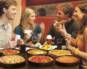 Pizza Hut aduce Pizza Festival