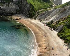 ANAT: Agentiile de turism nu vor creste preturile de la 1 iulie