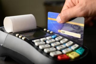 Digitalizarea statului: Taxe, impozite, amenzi, facturi - toate vor putea fi platite cu cardul