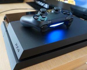 PlayStation 4 se vinde ca painea calda: 4,2 milioane de unitati de la lansare