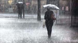 Atentie! Cod galben de ploi torentiale pentru 24 de judete