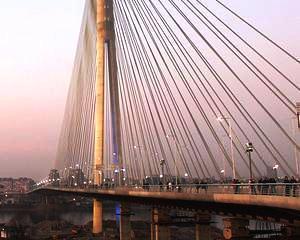 Podul Fetesti-Cernavoda: Taxa va fi suspendata in anumite intervale