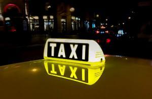 Controale ale Politiei Rutiere la taximetristii din Bucuresti: 10% dintre autoturismele verificate aveau defectiuni tehnice majore