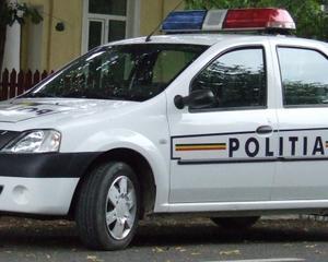 Persoane urmarite, depistate de politisti