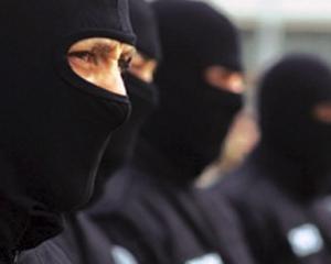 Politistii din Grecia investigheaza Partidul neo-nazist Zorii Aurii, dupa o crima