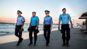 Peste 8.148 de politisti sunt la datorie de Florii