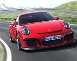 Porsche va scoate pe piata primul SUV al firmei, Macan
