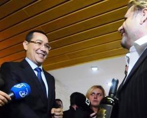 Victor Ponta: Am acceptat demisia lui Varujan Vosganian. Daniel Chitoiu, interimar la Ministerul Economiei