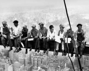 """Pauzele lungi """"dauneaza grav concentrarii"""" la locul de munca"""