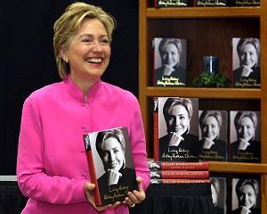 Istorii cu miros de bani: cum a incasat Hillary Clinton un avans de 14 milioane de dolari pentru o carte pe care inca nu a scris-o